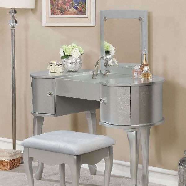 Picture of LILITA SILVER VANITY + BENCH